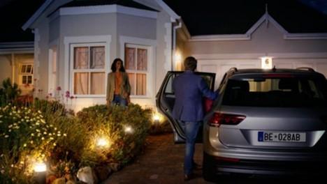 Obr. Nastavte světla tak, aby vás uvítala doma 1400279a