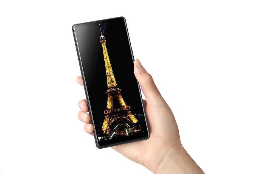 Obr. Smartphone určený pro multitasking 1516041b