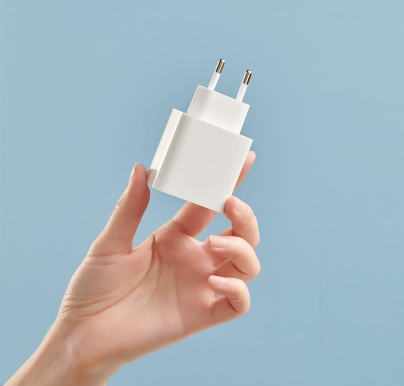 Obr. USB-C + USB-A 1594328a