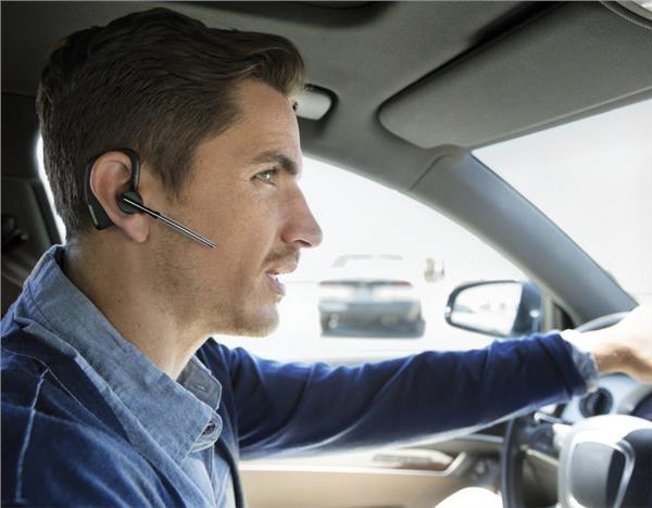 PLANTRONICS Bluetooth Headset Voyager Legend, černá